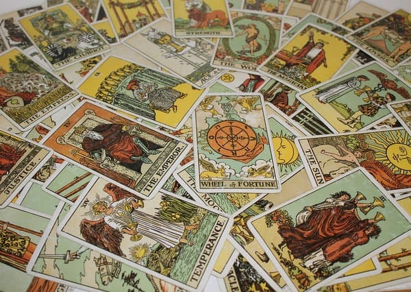 Magic and Tarot Cards - Pagan, Wiccan Witchcraft