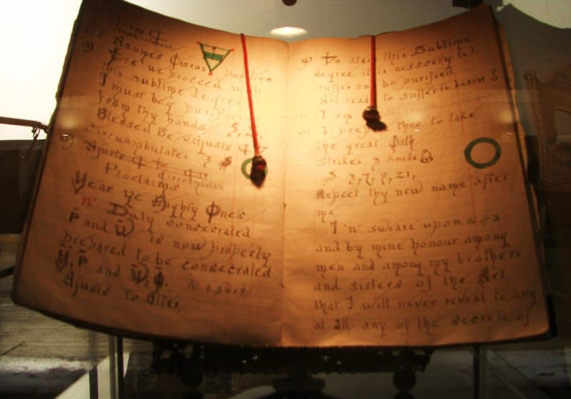 Book of Shadows - Gerald Gardner - Wicca and Witchcraft